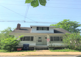 32 First Street Athens, Ohio, 3 Bedrooms Bedrooms, ,2 BathroomsBathrooms,Apartment,For Rent,First,1102