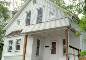 42 W Carpenter Street Athens, Ohio, ,Single Family Residence,For Rent,W Carpenter,1009
