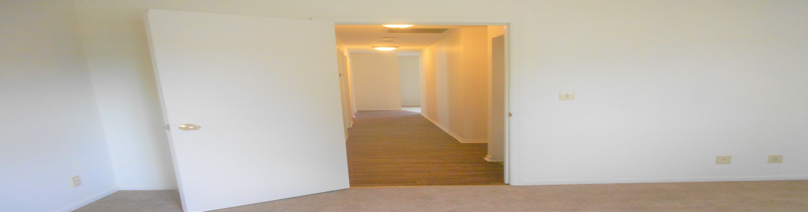 118 E State Street Athens, Ohio, 3 Bedrooms Bedrooms, ,1 BathroomBathrooms,Apartment,For Rent,E State,1011