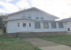 297 E State Street Athens, Ohio, 3 Bedrooms Bedrooms, ,1 BathroomBathrooms,Apartment,For Rent,E State,1016