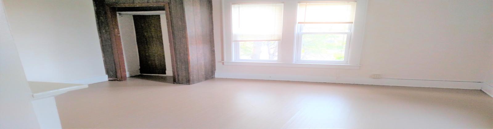 56 W Union St. Athens, Ohio, 5 Bedrooms Bedrooms, ,3 BathroomsBathrooms,Apartment,For Rent,W Union,1069