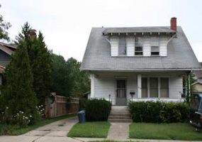310 E State Street Athens, Ohio, 3 Bedrooms Bedrooms, ,2 BathroomsBathrooms,Apartment,For Rent,E State,1077